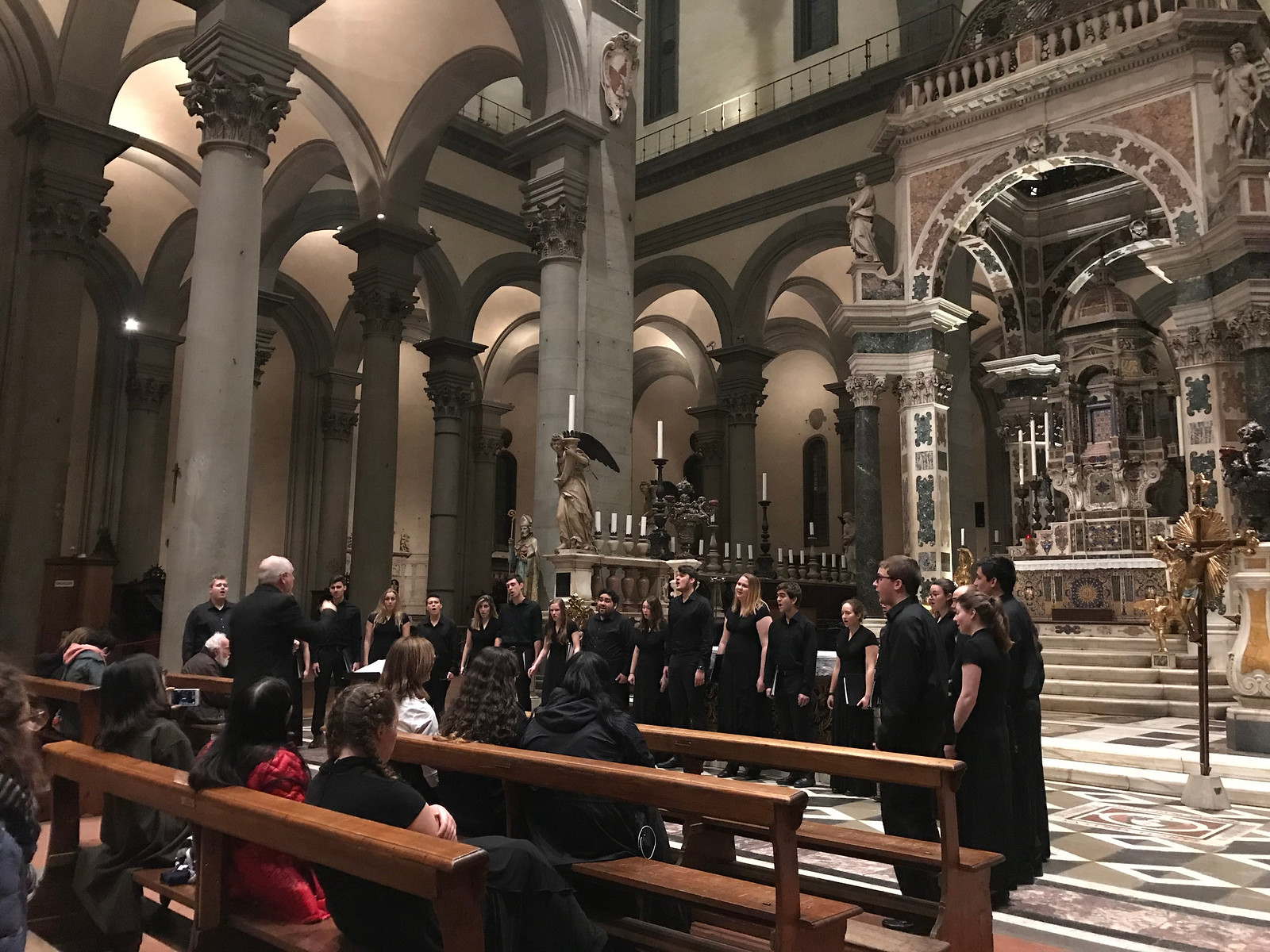 The UConn Chamber Singers in Chieza Santo Spirito