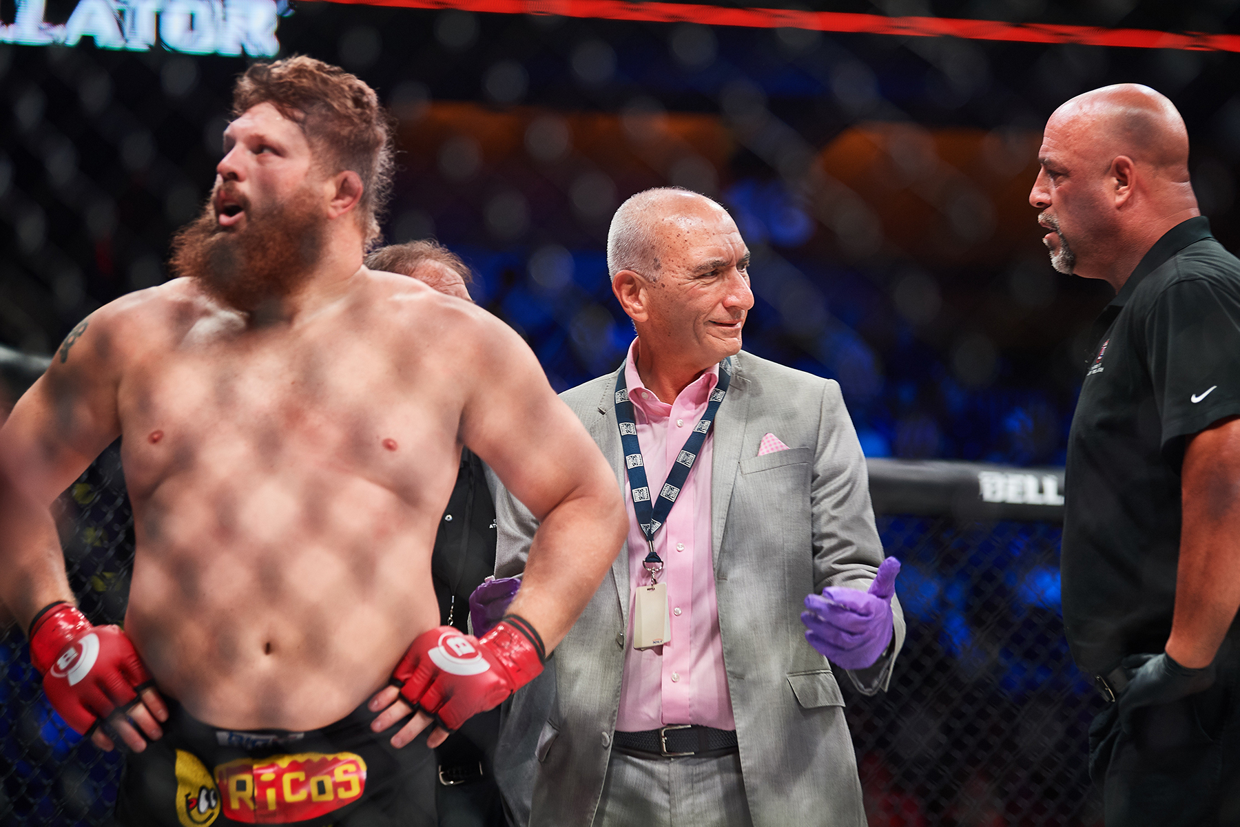 "Russian heavyweight Sergei Kharitonov deals Las Vegas native ""Big Country"" Roy Nelson an illegal knee to the face, which brings ringside physician Alessi into the cage; he and the ref have five minutes to decide whether the fight should go on. In this case, it does."