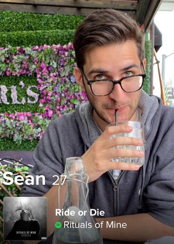 Sean Reddy Tinder profile - drink