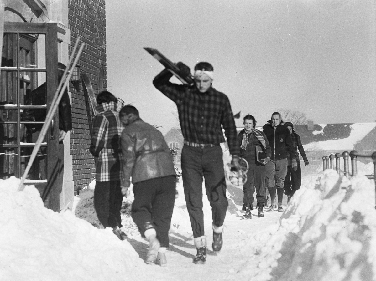 UConn students with skis